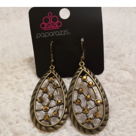 INDUSTRIAL  INCANDESCENT  Earring NWT